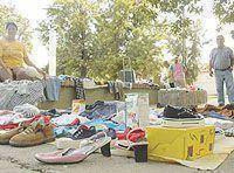 La venta de artesanías y ropa usada pagarán una tasa municipal.