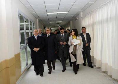 """Claudio Poggi: """"Villa Mercedes tendrá una maternidad de lujo"""""""