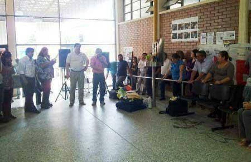 Repudian denuncia penal contra docente en el Ministerio