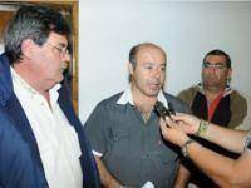 Municipales reclaman recomposici�n salarial