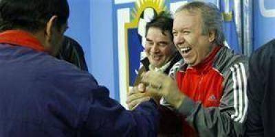 Dura réplica de Peralta a la Presidenta