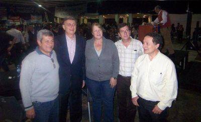 Binner y los m�ximos referentes del FAP, presentes en San Mart�n