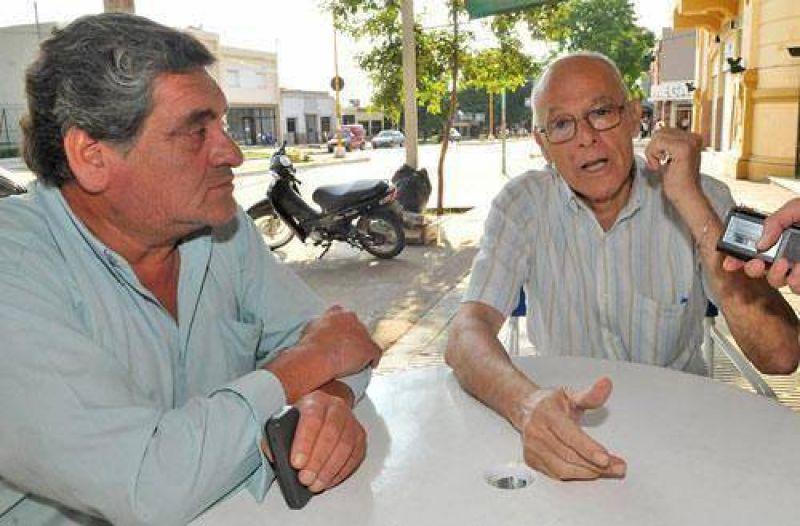 Taficeños reclaman semáforos y se quejan del servicio de agua potable.