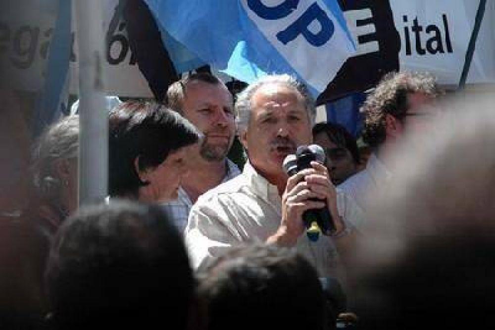 Los sindicatos cierran la tregua y rearman un esquema de protestas