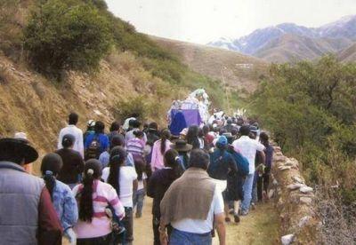 En varios lugares esperan a los peregrinos del Milagro