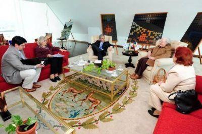 El Gobernador se reunió con directivos del Centro de Jubilados y Pensionados de la Provincia