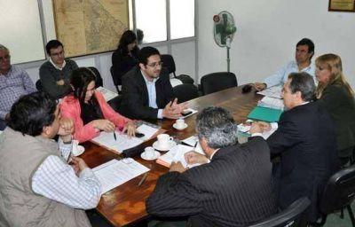 Asuntos Municipales: Municipalización e índices de coparticipación