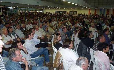 """La mesa agropecuaria pidió la firma """"urgente"""" de los decretos de emergencia"""