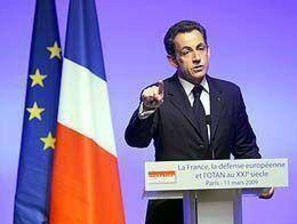 Sarkozy anunció el regreso de Francia al mando militar de la OTAN