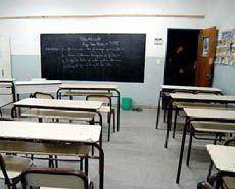 En Necochea el paro docente alcanza el 97 por ciento de adhesi�n.