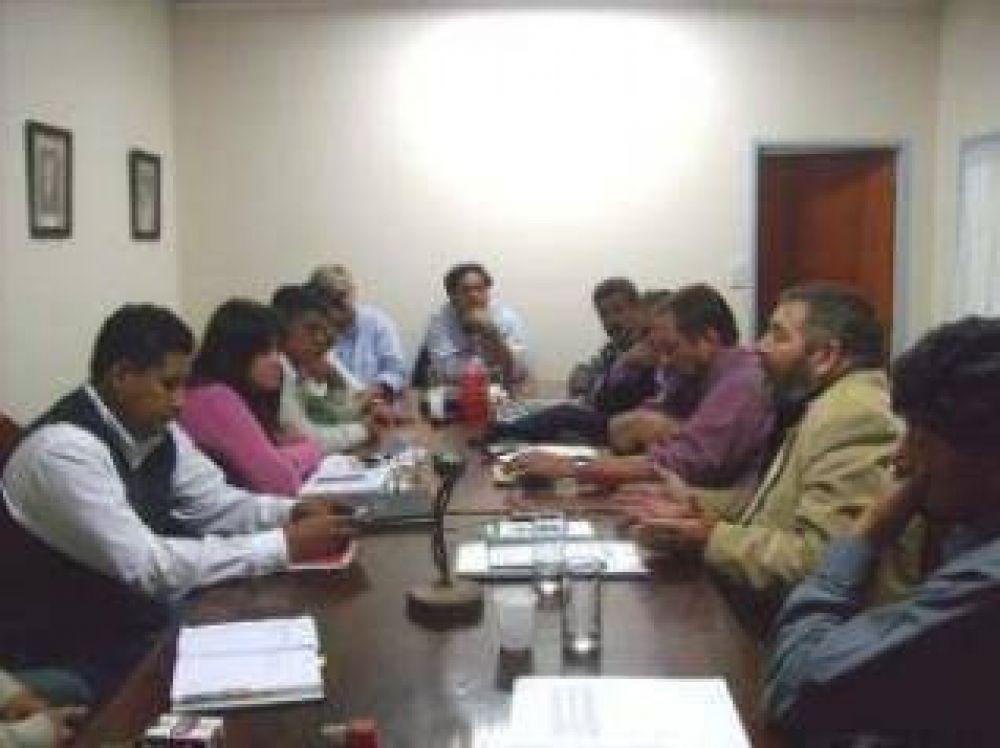 Se concretó reunión en el Comité Provincia de la UCR.