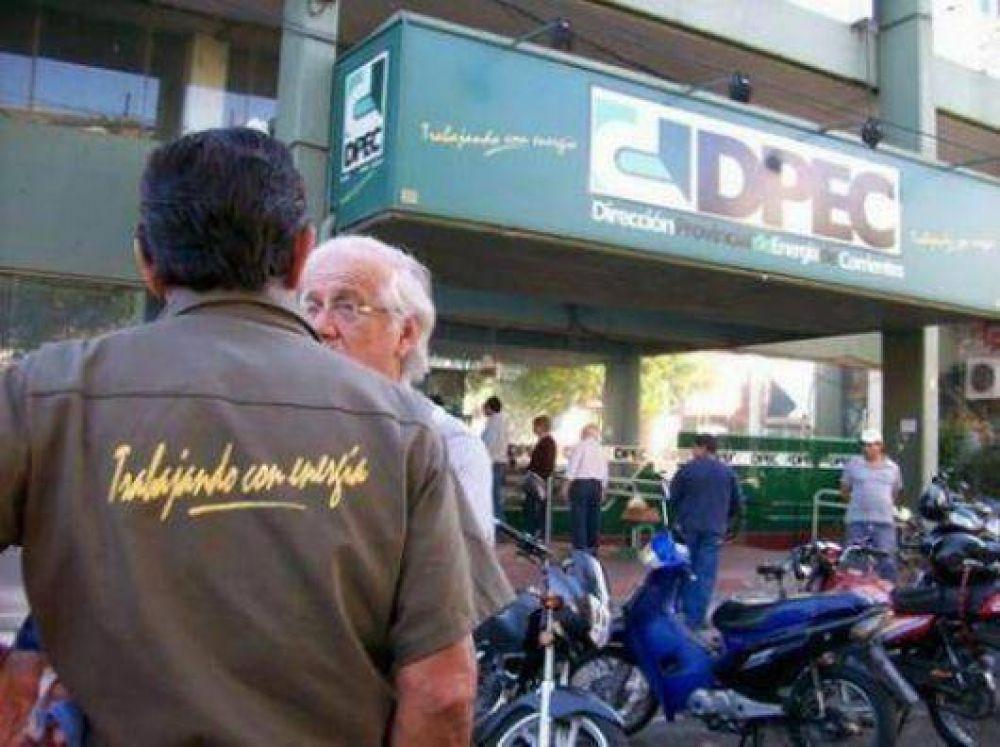 Los trabajadores de la Dpec y Gobierno retornan al diálogo