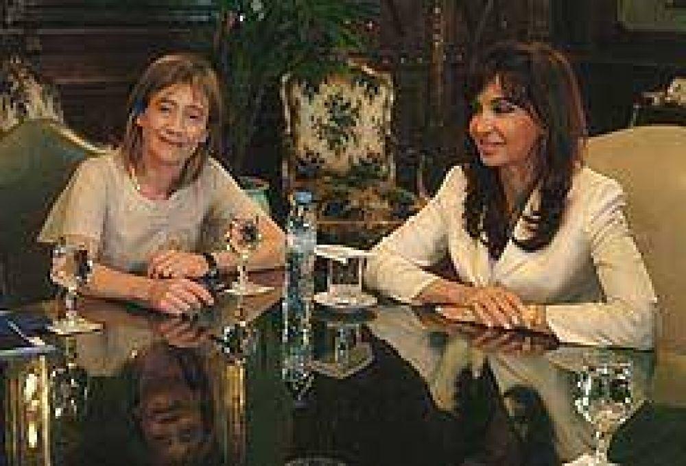 Cristina recibió a la gobernadora de Tierra del Fuego y acordó adelantarle coparticipación