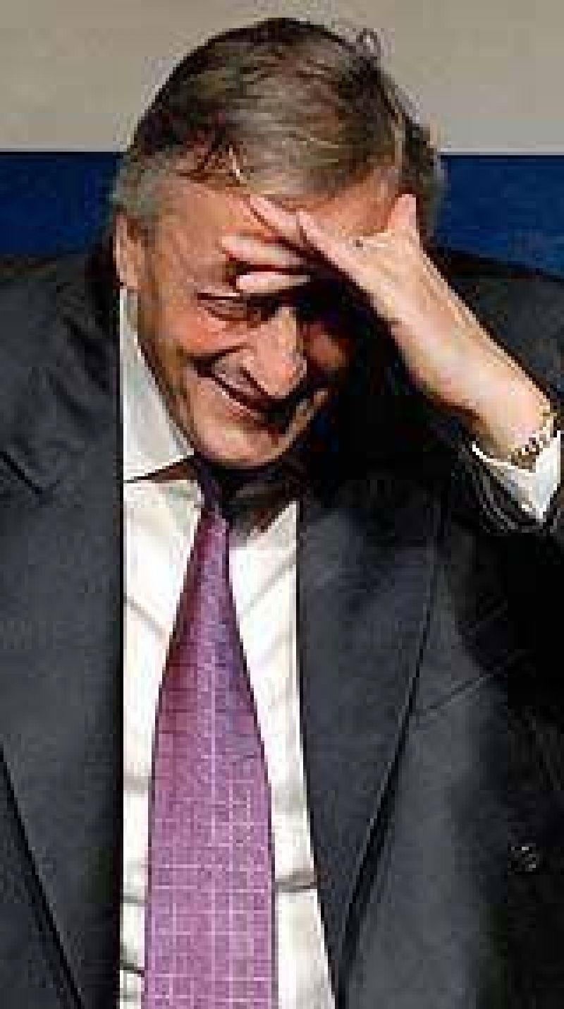 Kirchner convocó a Rossi y Pichetto, preocupado ante el proyecto de la oposición para modificar en el Congreso las retenciones