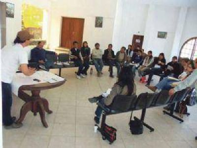 Productores locales buscan formar la CAVALAF