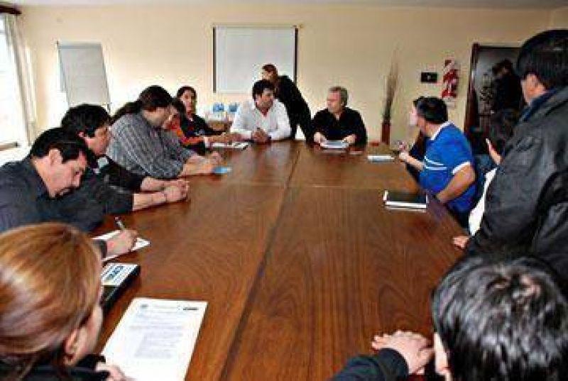 Garzón y ATE se reunieron con el gobernador