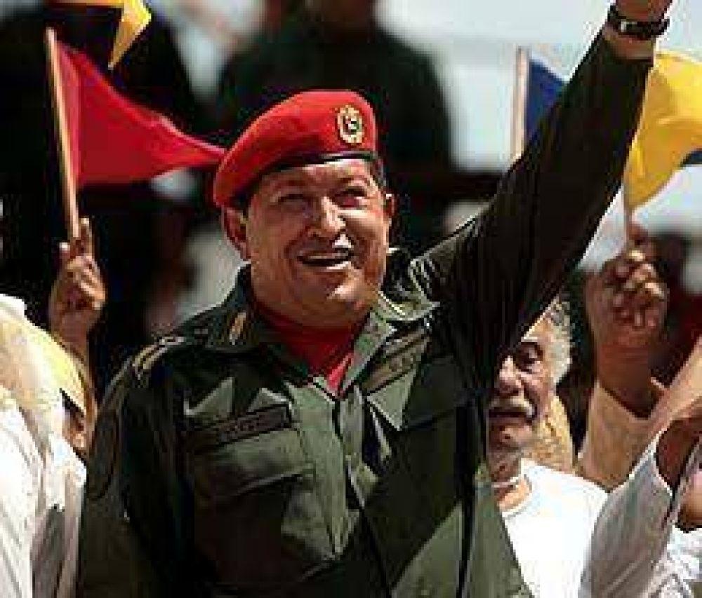 Congreso venezolano aprobó ley que transfiere poderes regionales a Chávez