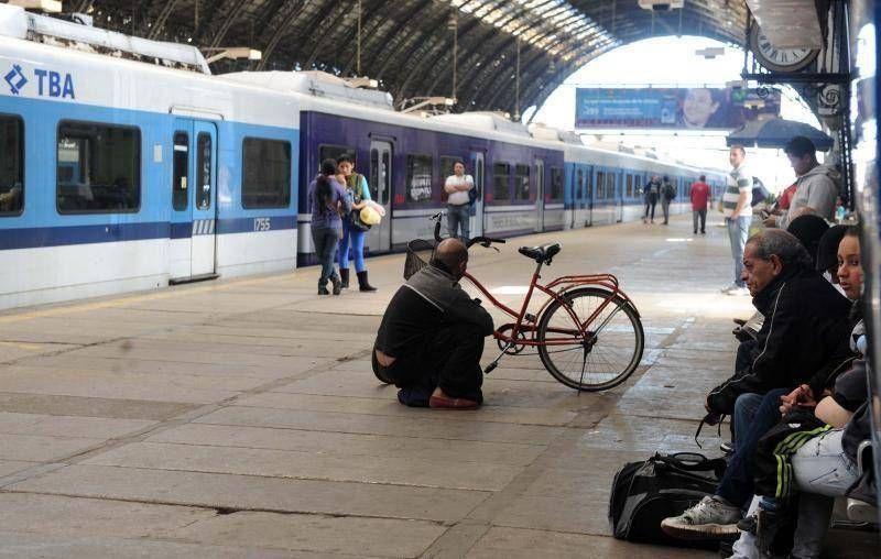 Trenes: se levantó el paro de la línea Sarmiento