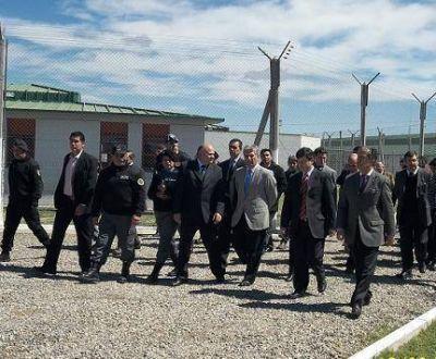 Los talleres del Servicio Penitenciario proveerán de materiales al Plan Solidaridad