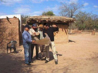 Ordenamiento territorial con regularización de tierras en todos los frentes