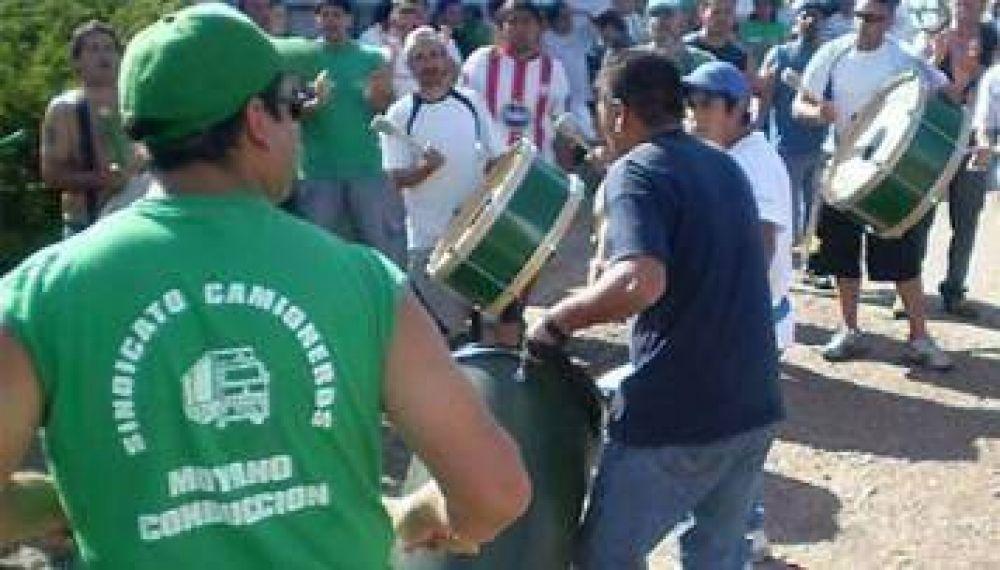 Camioneros desafían a Cristina y amenazan con marchar a Olivos