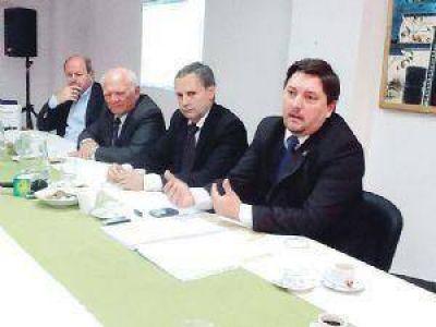 Santiago ratificó su postura de fiscalización de la cuenca