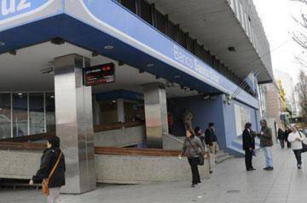 Bancarios advierten posibles medidas de fuerza