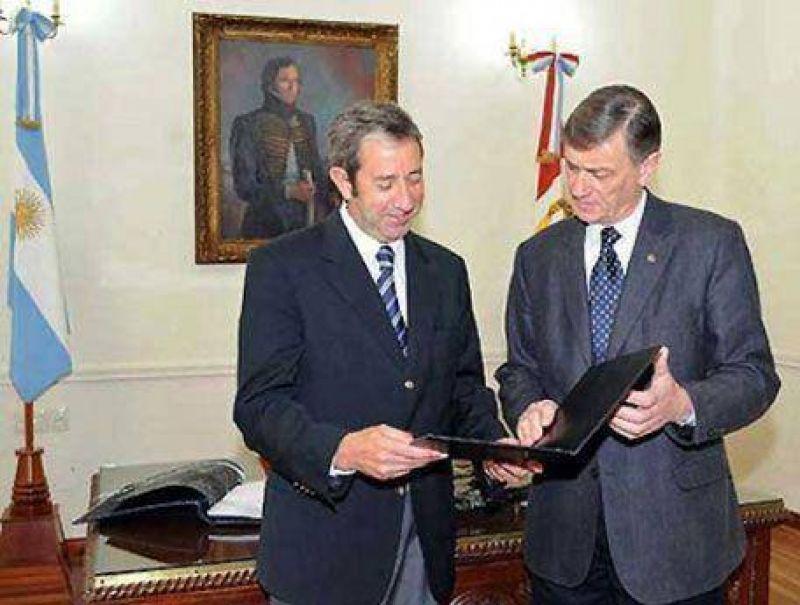 ANTE EL anuncio sorpresivo del gobierno nacional: Binner y Cobos coinciden en no adelantar las legislativas