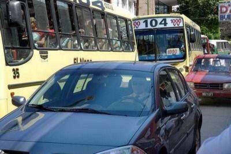Restringirán el tránsito de autos por calle Chacabuco.