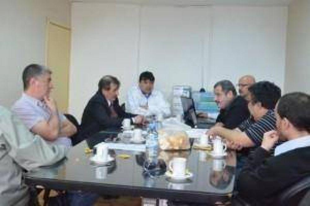 Gobierno continúa las negociaciones con el gremio de ATSA