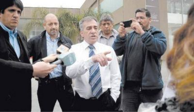 Malvinas: confirman que parte de la patota trabaja para Cariglino