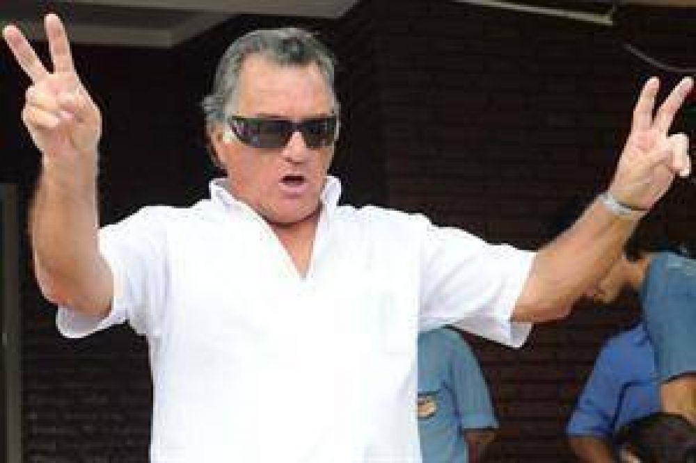 """Barrionuevo: """"Si quieren, que hagan una CGT 'cristinista' y le pidan el edificio a Moyano"""""""