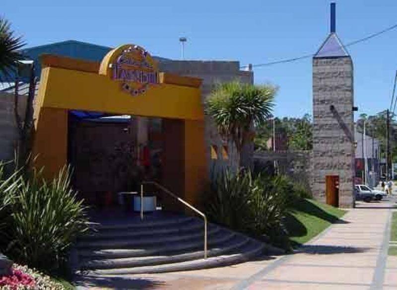 Preocupaci�n de trabajadores del Casino por las versiones de no renovaci�n de licencia