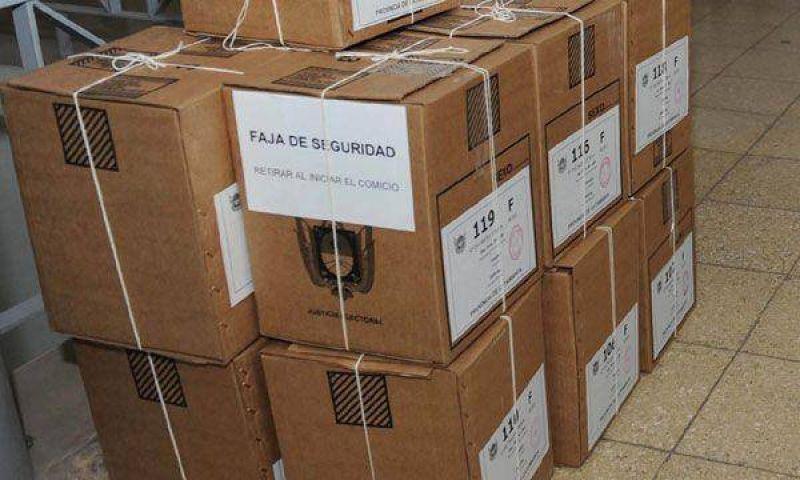 Gobernadores del PJ reiteran su aval al adelanto electoral y buscan unificar los comicios en junio