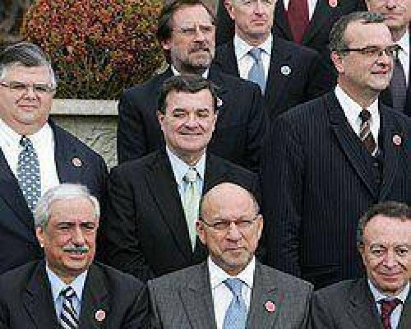Argentina abogó por más intervención pública y una asistencia financiera amplia