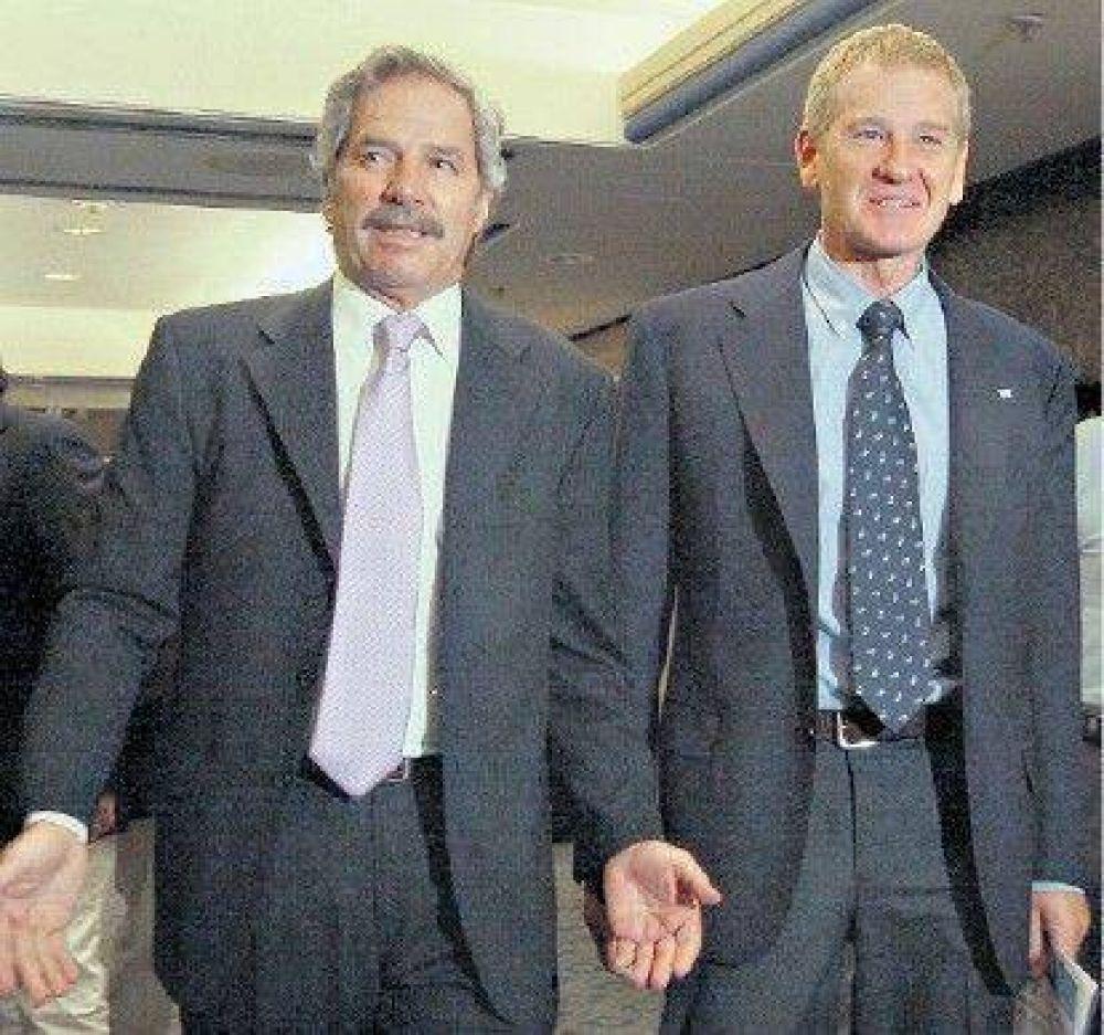 Fuertes tensiones y desacuerdos entre De Narváez y Solá