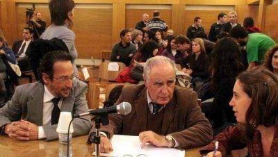 Denuncia penal por permitir la instalación de Monsanto