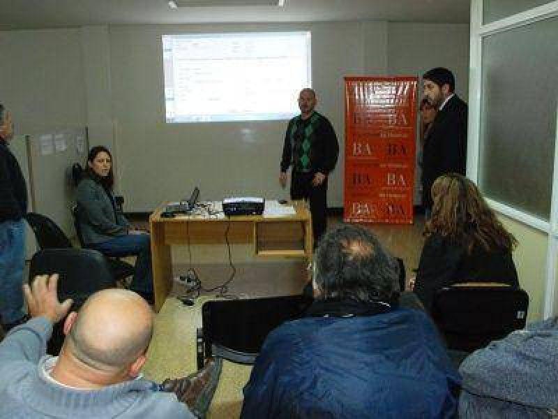 Trabajo contin�a avanzando en la informatizaci�n de sus Delegaciones Regionales