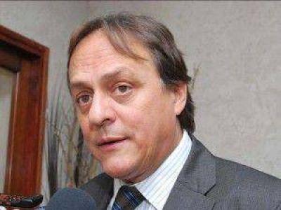 Urbani desmintió afirmaciones del gremio de Profesionales de la administración pública
