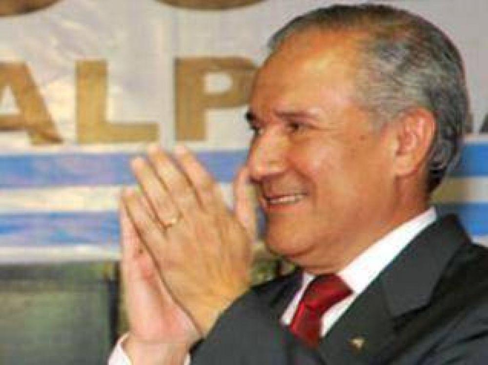 El Gobernador de Jujuy se mostró de acuerdo a la modificación de la fecha de elecciones impulsada desde la Presidencia de la Nación.