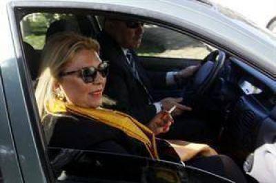 Carrió declaró que no sabe si hubo coimas, pero le cree a Mario Pontaquarto