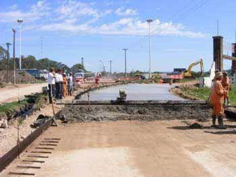 Avanza la construcción de la playa municipal de camiones