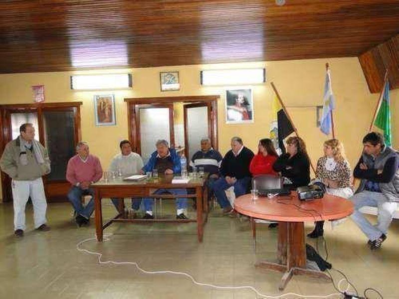 Gremialistas de vialidad provincial visitaron Azul