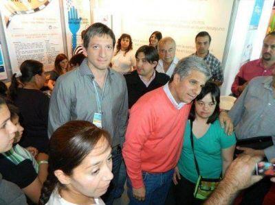 El Gobernador visitó el Stand del Ministerio de Salud en San Luis Digital