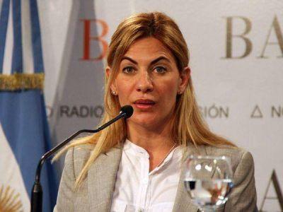 """Nora De Lucía: """"El pago a los docentes está garantizado"""""""