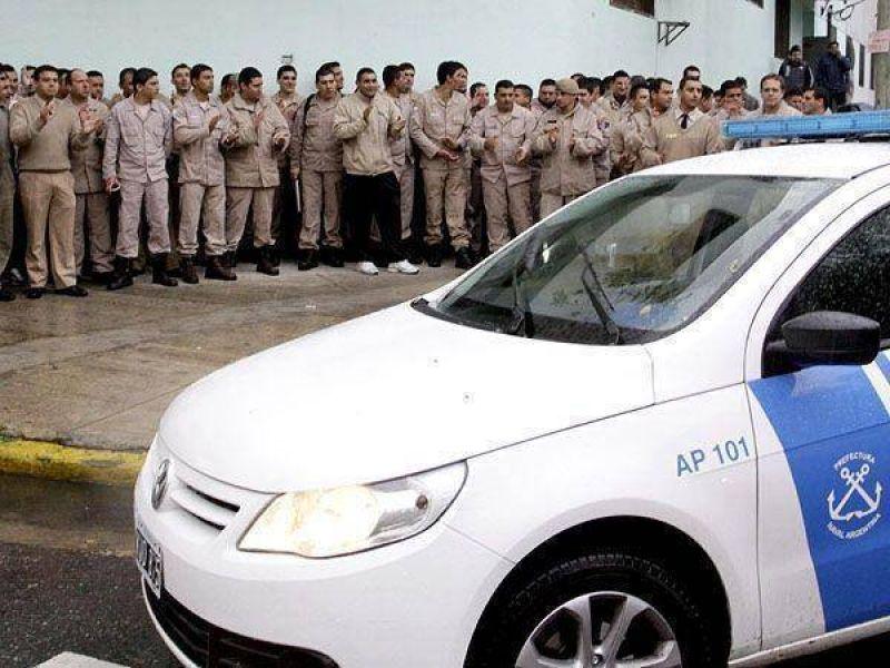Efectivos de Prefectura están acuartelados por un reclamo salarial