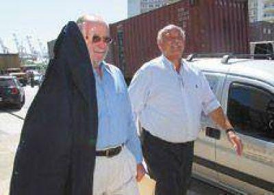 Dos ejecutivos sin paraguas prescriptivo