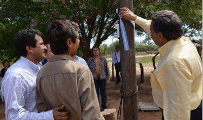 El Gobernador inauguró obra de electrificación rural en General Belgrano