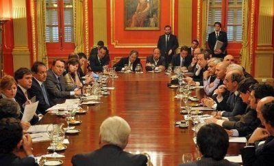 Scioli se reunió con intendentes radicales de toda la Provincia