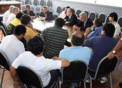 Se llegó a un acuerdo con taxistas autoconvocados: Provincia y Municipio fortalecerán la seguridad y los operativos de controles